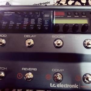 <售>吉他效果器 TC electronic Nova system  九成九新!