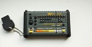 Thumb tr 808 02