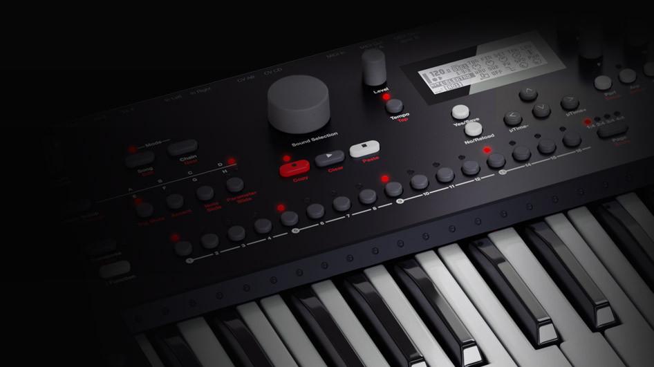 Elektron analog keys four voice synthesizer