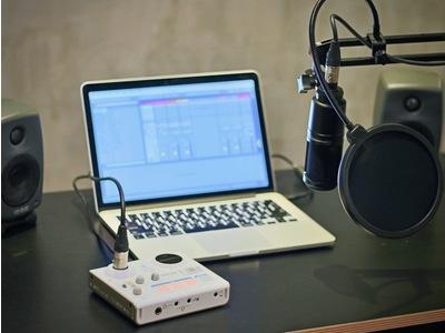 Tascam MiNiSTUDIO US-32 直播/錄音兩用介面 + AT2020 麥克風 套裝組合