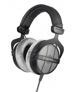 beyerdynamic DT 990 PRO 監聽耳機