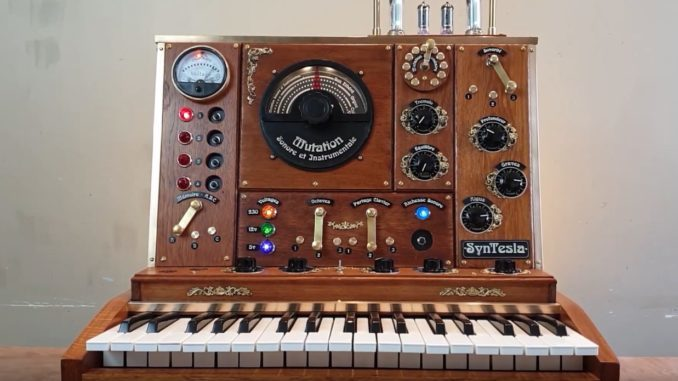 Syntesla steampunk synthesizer 678x381