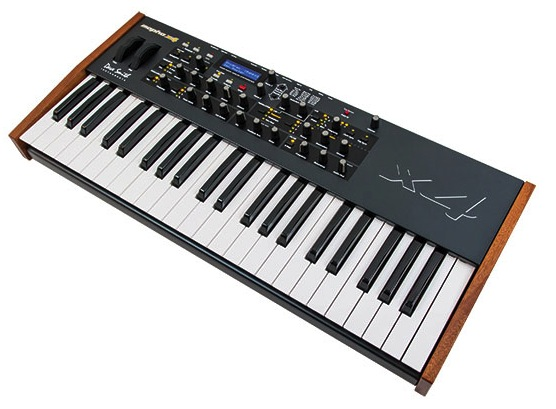 Mopho x4 synthesizer2