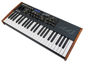 Thumb mopho x4 synthesizer2