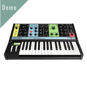 Moog Grandmother 合成器鍵盤 Demo 品