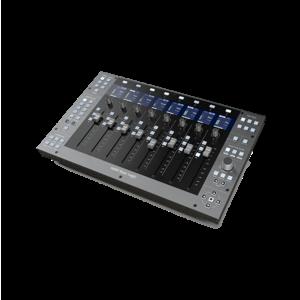 Solid State Logic UF8 DAW 控制器