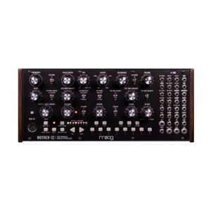 Moog Mother-32 合成器