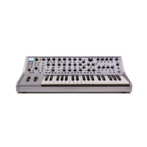 Moog Subsequent 37 CV 合成器